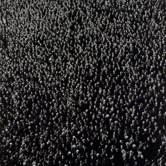 black-and-white-crowd